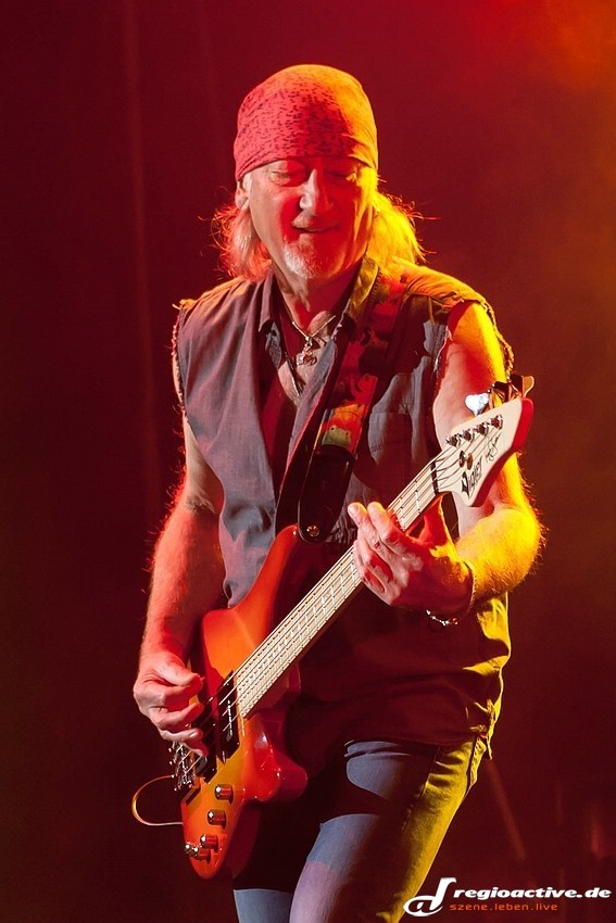 Deep Purple (live in Mannheim, 2013)